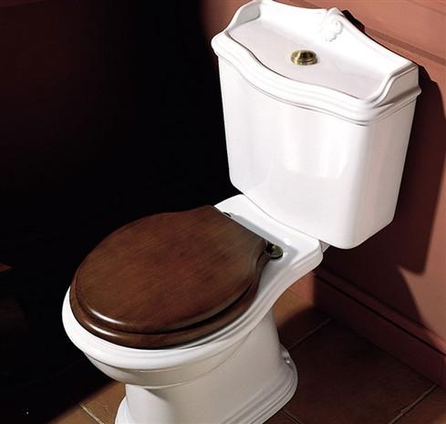 jubil um nostalgie toilette mit aufsatzsp lkasten. Black Bedroom Furniture Sets. Home Design Ideas