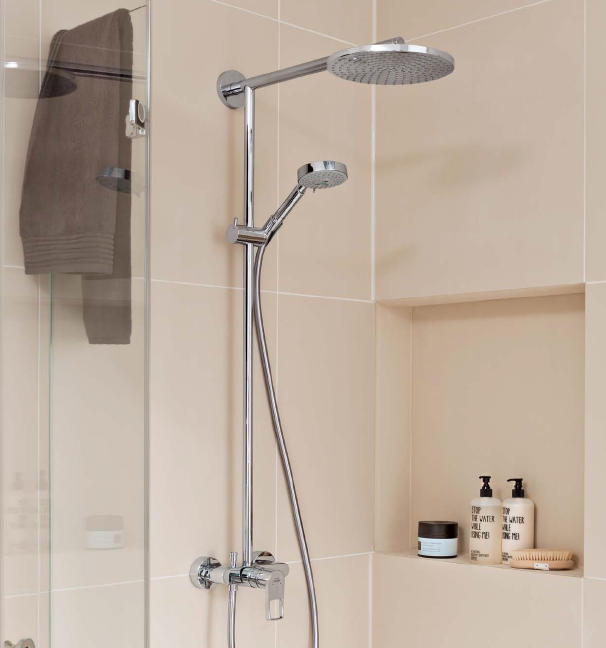 mediano sanibel raindance showerpipe 240 made by hansgrohe. Black Bedroom Furniture Sets. Home Design Ideas