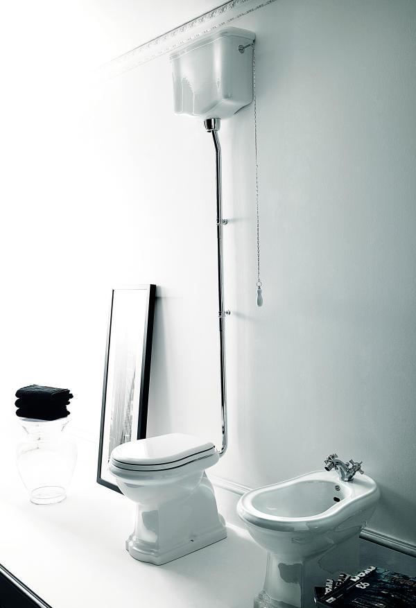retro sp lkasten hochh ngend mit sp lmechanismus und kettenzug. Black Bedroom Furniture Sets. Home Design Ideas