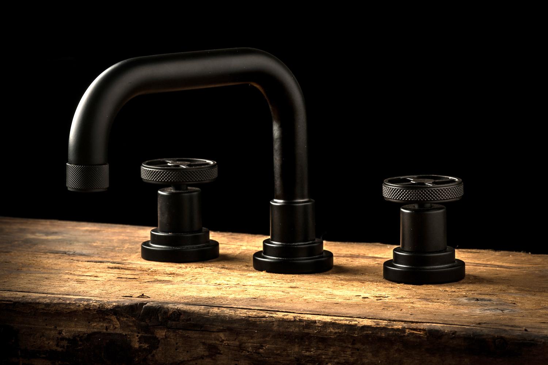 arena moderne klassik 3 loch waschtischarmtur. Black Bedroom Furniture Sets. Home Design Ideas